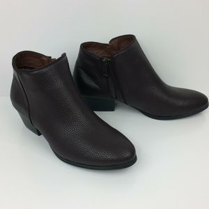 NWOT Salon Studio cocoa brown ankle boots -6.5